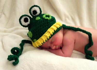 Freebie: Frog Hat